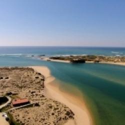 Praia Vila Nova de Milfontes, na região do Alentejo.
